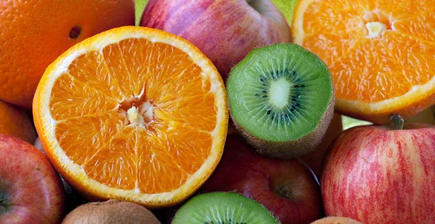 Contro l'incontinenza e la cistite d'estate: mangiare molta vitamina C