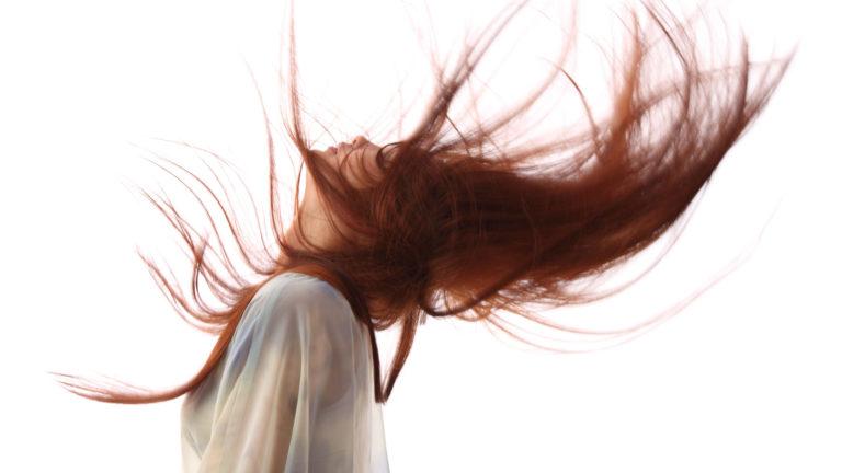 Caduta dei capelli: colpa della tiroide?